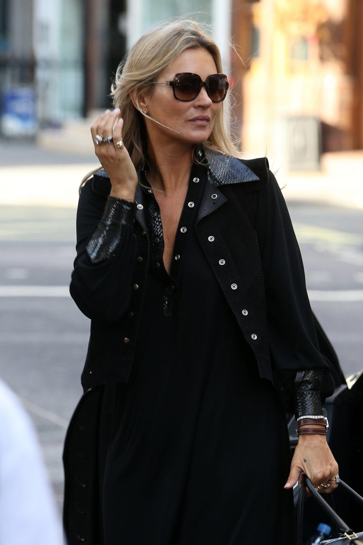 Kate Moss and Lila Moss Out and About in London 2018/10/11 ...