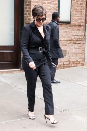 Kris Jenner Out and About in New York 2018/10/11 1