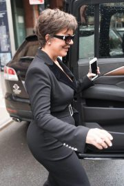 Kris Jenner Out and About in New York 2018/10/11 3