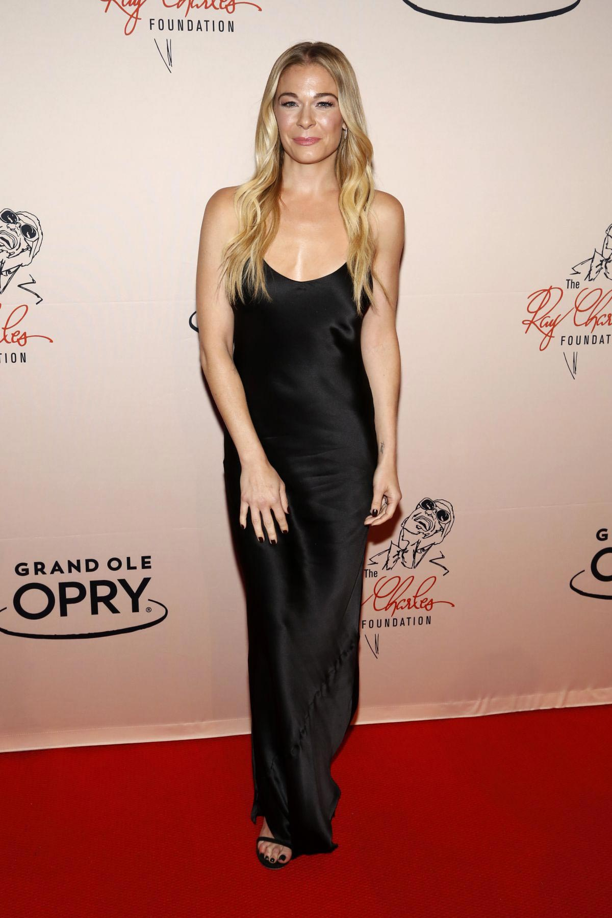LeAnn Rimes at An Opry Salute to Ray Charles in Nashville 2018/10/08 1
