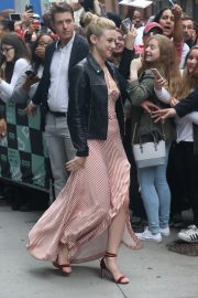 Lili Reinhart Arrives at AOL Build in New York 2018/10/08 5