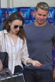 Lily Collins at Bristol Farms in Beverly Hills 2018/10/01 5