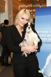 Lindsey Vonn at Beyond the Slopes with Lindsey Vonn: A Small Business Event in New York 2018/10/11 3