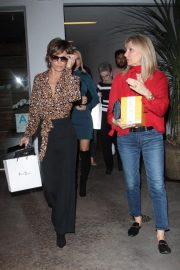 Lisa Rinna at Vibrato Grill Jazz in Los Angeles 2018/10/12 1