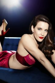 Liv Tyler for Triumph Essence Lingerie, Autumn/Winter 2018 Collection 3