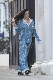 Liv Tyler in Her Pajamas Out in London 2018/10/10 5