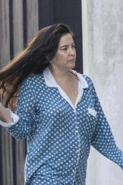 Liv Tyler in Her Pajamas Out in London 2018/10/10 6