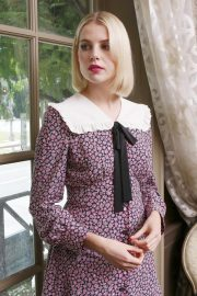 Lucy Boynton at Bohemian Rhapsody Press Conference in Beverly Hills 2018/10/08 6