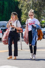 Lucy Hale Out Shopping in Studio City 2018/10/12 2
