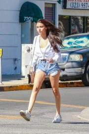 Madison Beer in Denim Cut-off Out in West Hollywood 2018/10/20 4
