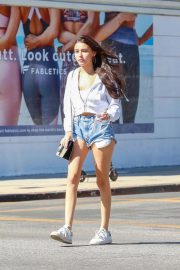 Madison Beer in Denim Cut-off Out in West Hollywood 2018/10/20 12
