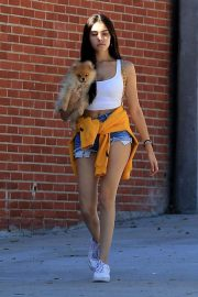 Madison Beer Out with Her Dog in West Hollywood 2018/10/16 1