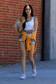 Madison Beer Out with Her Dog in West Hollywood 2018/10/16 2