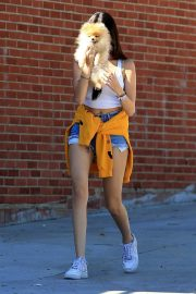 Madison Beer Out with Her Dog in West Hollywood 2018/10/16 11