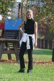 Michelle Hunziker at a Park in Clusone, Italy 2018/10/14 5
