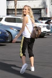 Nastia Liukin Arrives at DWTS Rehersal in Los Angeles 2018/10/12 2