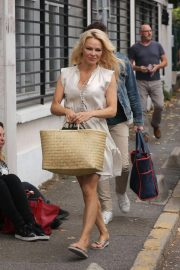 Pamela Anderson Arrives at Strictly Come Dancing Rehersal in Paris 2018/10/11 1