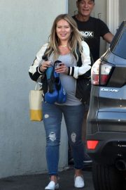 Pregnant Hilary Duff Out in Los Angeles 2018/09/24 2