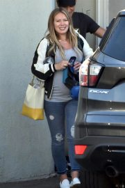 Pregnant Hilary Duff Out in Los Angeles 2018/09/24 3