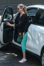Pregnant Kate Upton Out in Los Angeles 2018/09/28 6