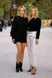 Rosie Huntington-Whiteley and Amber Valletta at Isabel Marant Fashion Show in Paris 2018/09/27 4