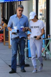 Selma Blair Out for Coffee in Studio City 2018/10/08 6