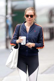 Sienna Miller Out for a Coffee in New York 2018/10/01 1