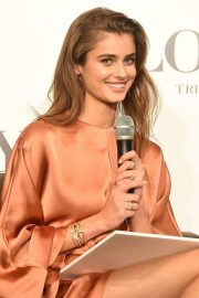 Taylor Hill at Lowya Press Conference in Tokyo 2018/10/09 6