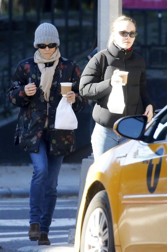 Vanessa Paradis and Lily-Rose Depp Out in New York 2018/10/19 1