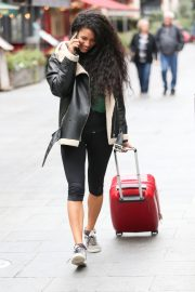 Vick Hope Out and About in London 2018/10/08 4