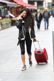Vick Hope Out and About in London 2018/10/08 5