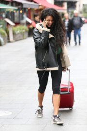 Vick Hope Out and About in London 2018/10/08 7