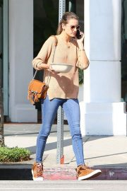 Alessandra Ambrosio Leaves Pacific Coast Sports Medicine in Brentwood 2018/11/08 2