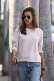 Alessandra Ambrosio Out and About in Pacific Palisades 2018/11/17 1