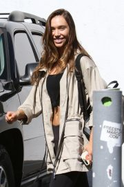 Alexis Ren at Dancing with the Stars Rehearsal in Los Angeles 2018/11/01 7
