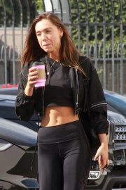 Alexis Ren at DWTS Rehearsal Studios in Los Angeles 2018/11/16 4