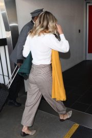 Ali Larter Arrives at LAX Airport in Los Angeles 2018/11/13 2