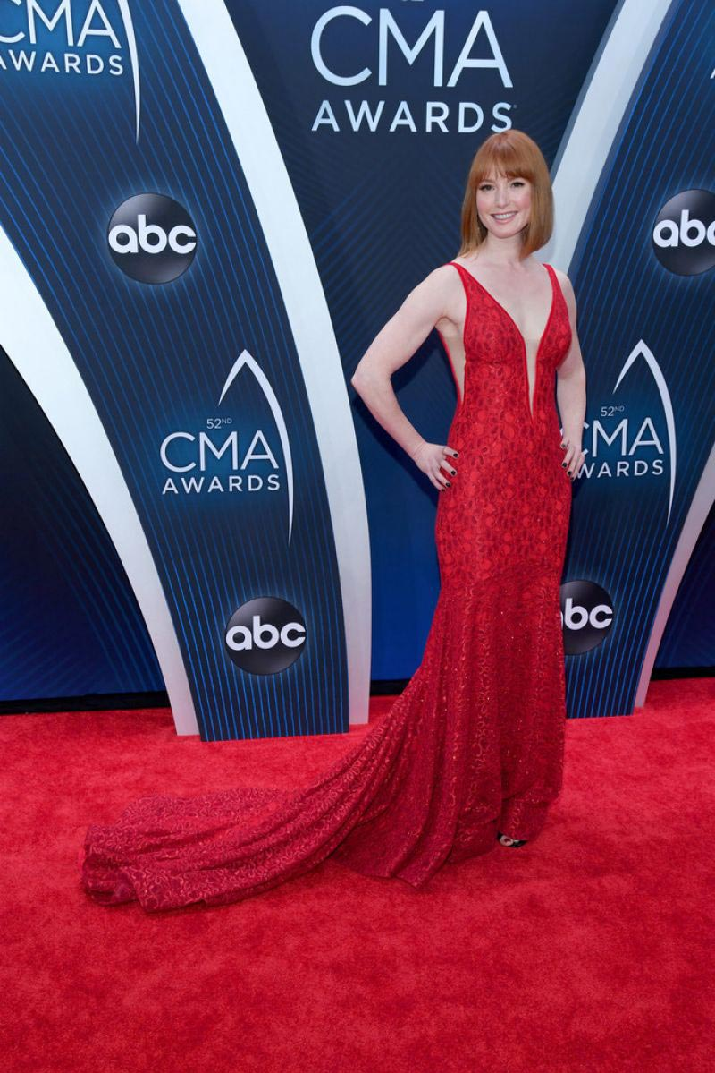 Alicia Witt at 2018 CMA Awards in Nashville 2018/11/14 1