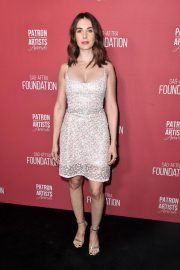 Alison Brie at Patron of the Artist Awards in Los Angeles 2018/11/08 1