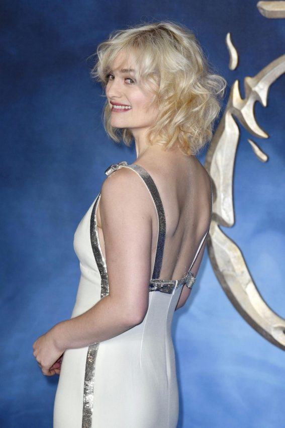 Alison Sudol at Fantastic Beasts: The Crimes of Grindelwald Premiere in London 2018/11/13 1