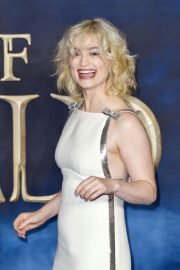 Alison Sudol at Fantastic Beasts: The Crimes of Grindelwald Premiere in London 2018/11/13 9