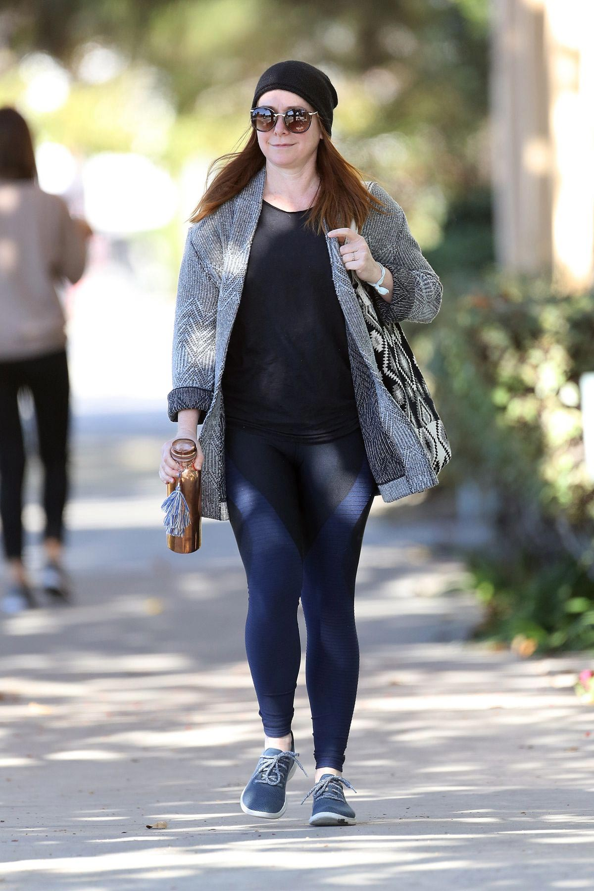 Alyson Hannigan Leaves Pilates Class in Santa Monica 2018/11/01 1