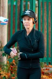 Amanda Holden Out Jogging in London 2018/11/13 2