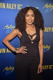 Angela Bassett at Alvin Ailey American Dance Theater's 60th Anniversary Gala in New York 2018/11/28 4
