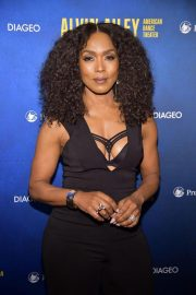 Angela Bassett at Alvin Ailey American Dance Theater's 60th Anniversary Gala in New York 2018/11/28 5