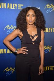 Angela Bassett at Alvin Ailey American Dance Theater's 60th Anniversary Gala in New York 2018/11/28 7