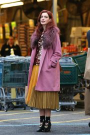 Anne Hathaway on a the Set of Modern Love in Brooklyn 2018/11/26 2