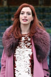 Anne Hathaway on a the Set of Modern Love in Brooklyn 2018/11/26 9