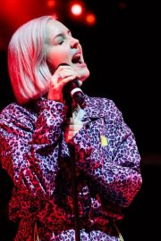 Anne-Marie at Hits Radio Live in Manchester 2018/11/25 5