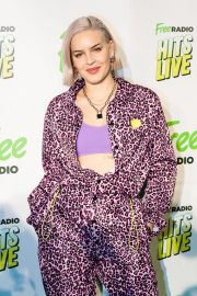 Anne-Marie at Hits Radio Live in Manchester 2018/11/25 9